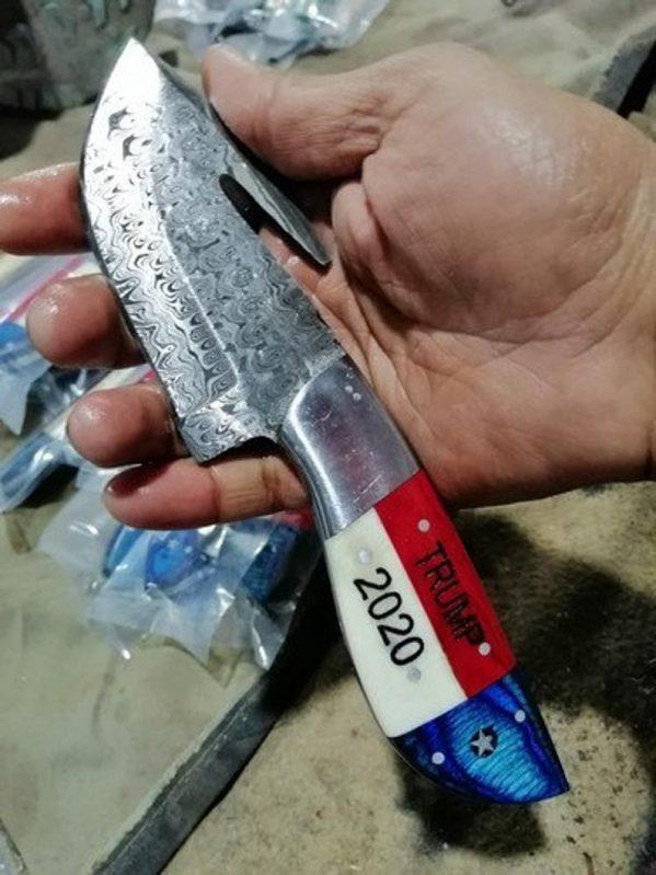 Handmade Damascus Steel Gut Hook Skinner, Hunting Knife