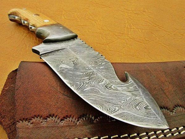 Handmade Damascus Steel 09'' Inches Fixed Blade Gut Hook Skinner Knife